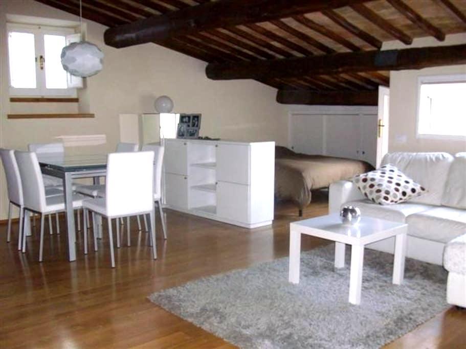 Charming studio in historic center - Spoleto - Leilighet