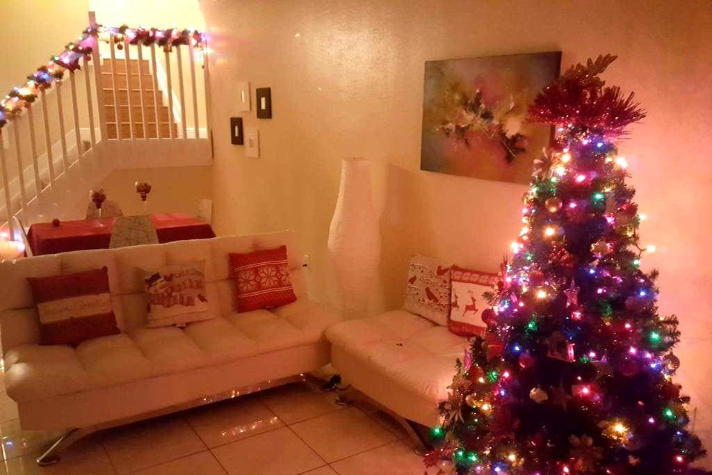 Town house muy acogedor - Hialeah - Dom