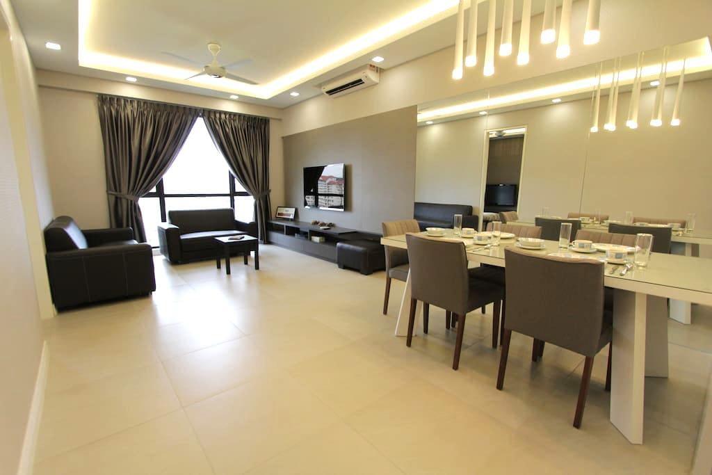 Premier Suite- Near SubangAirport .AraDamansaraLRT - Subang - Condominium