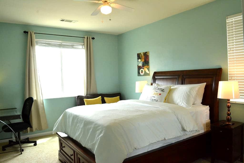 Great guest room for you - Rancho Cucamonga - Dům