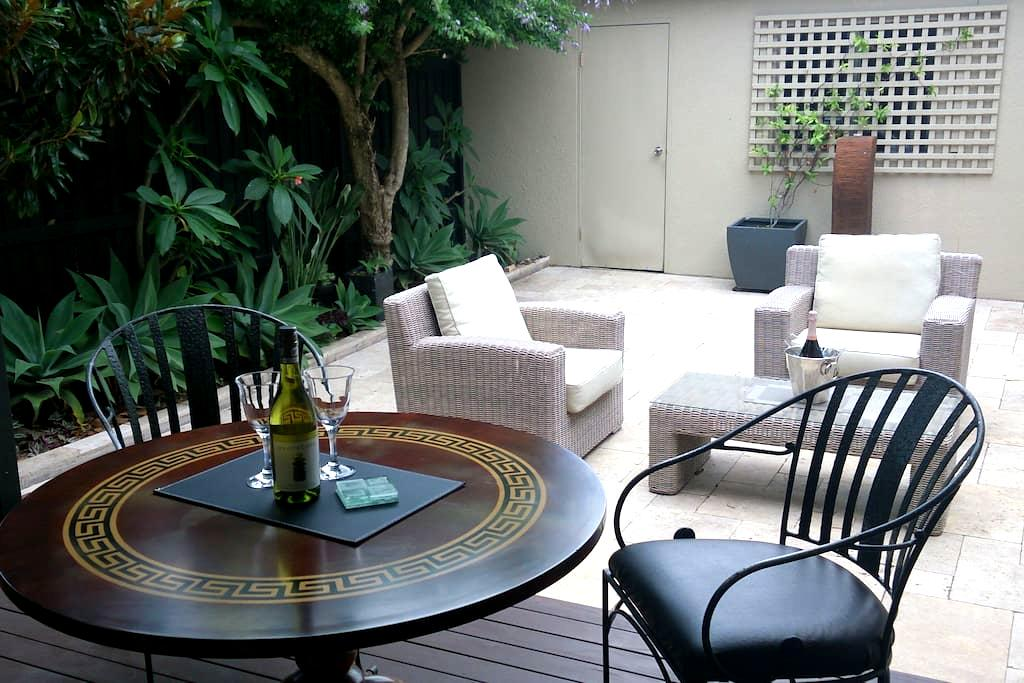 Fabulous Coogee / Randwick Garden Apartment - Randwick - Apartment