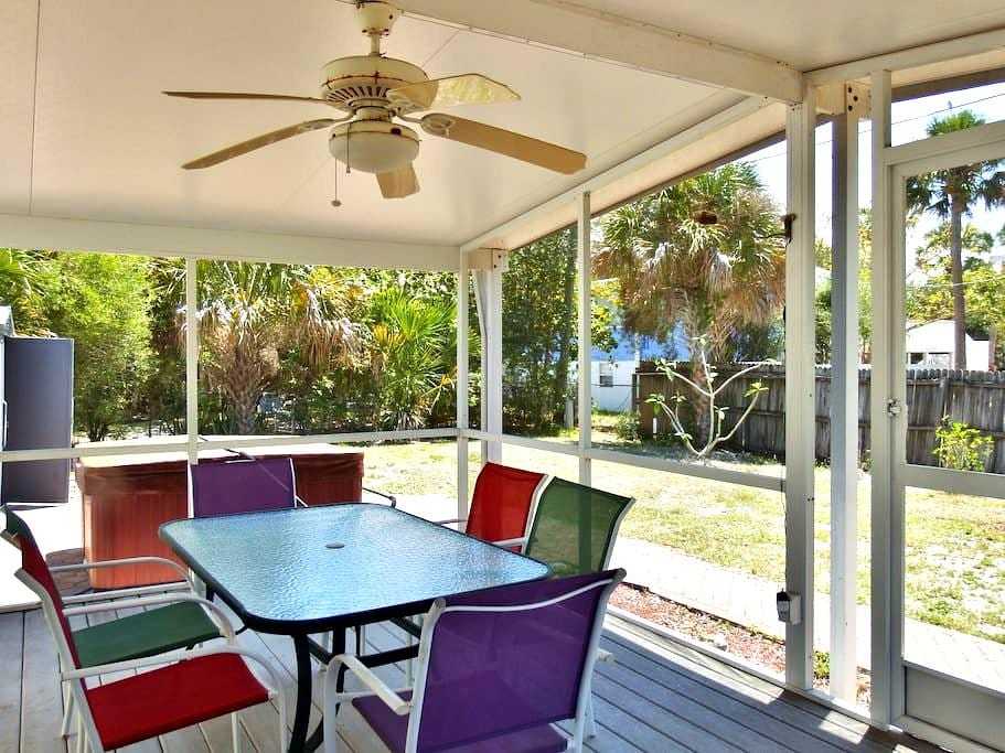Hibiscus Retreat - Fort Myers Beach - Квартира