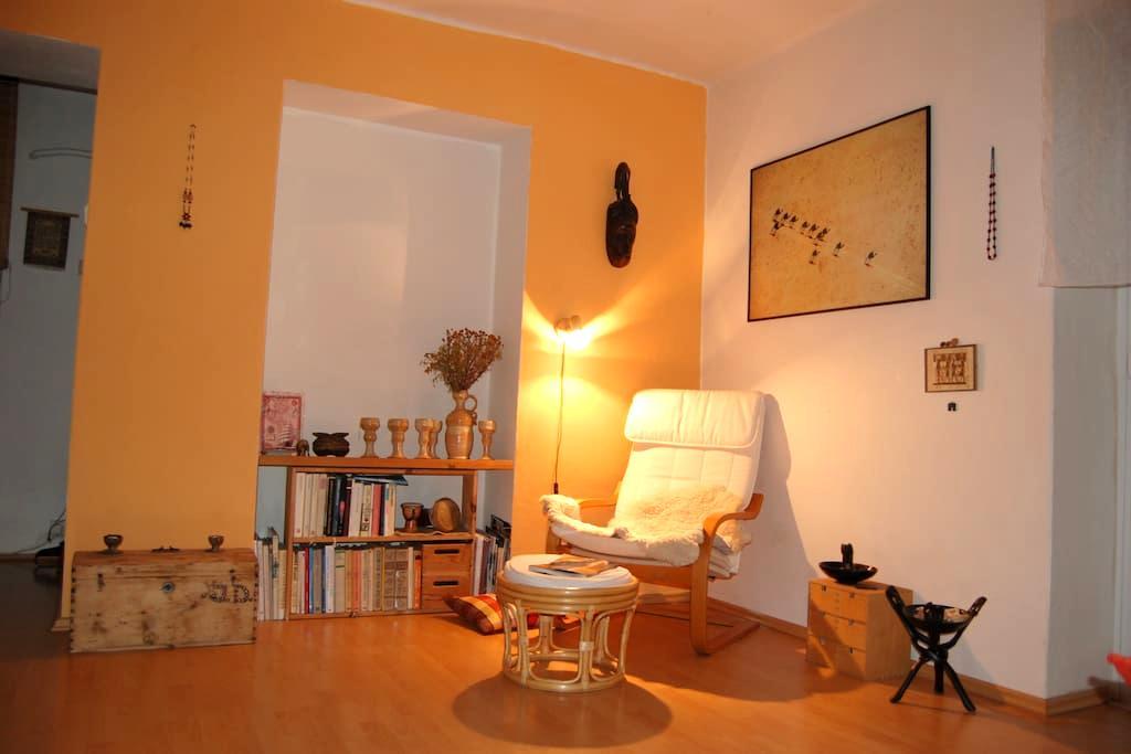 Slunný tichý byt kousek od kulturního centra UFFO - Trutnov - Flat