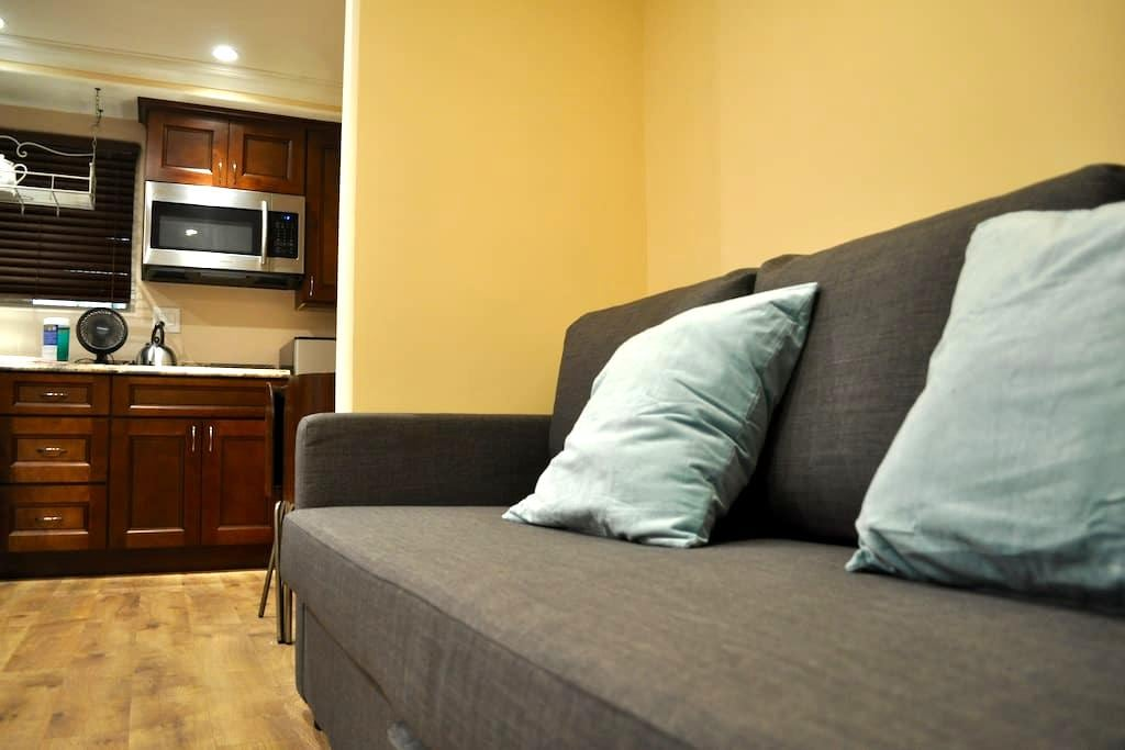 Cozy New Guesthouse in Santa Monica - Santa Monica - Rumah Tamu