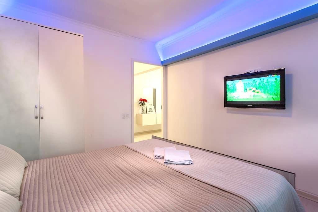 Lovely apartments on New Arbat - Free Wi-Fi - NEW - Москва - Apartment