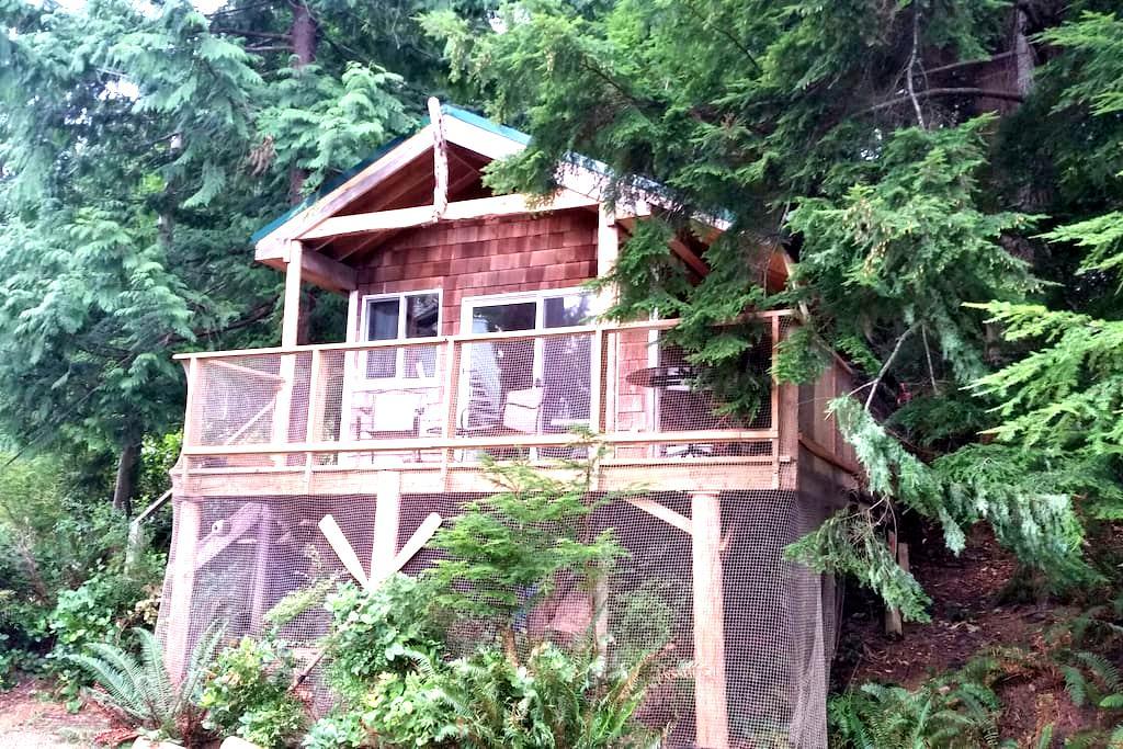 Cosy Studio Cabin on Hague Lake - Mansons Landing - Kisház