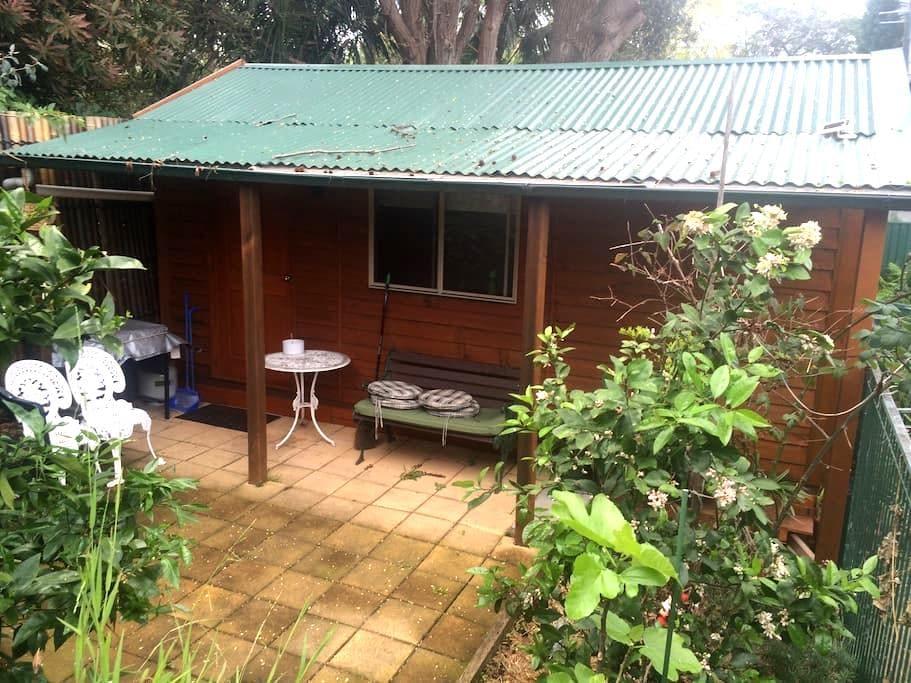 Cabin Style Studio - West Ryde