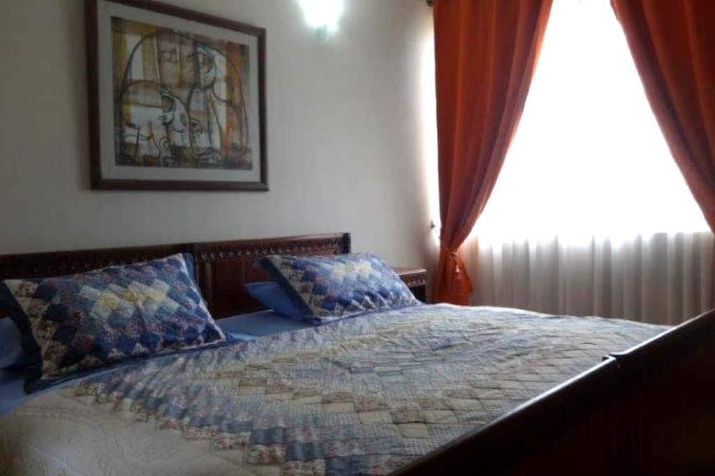 3 bedroom apartment in Colombo 7 - Colombo - Apartamento
