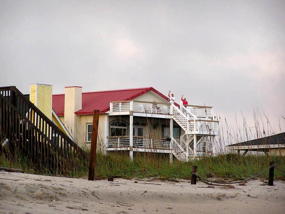 """Steel Seas"" Ocean Side King Room - Oak Island - Haus"