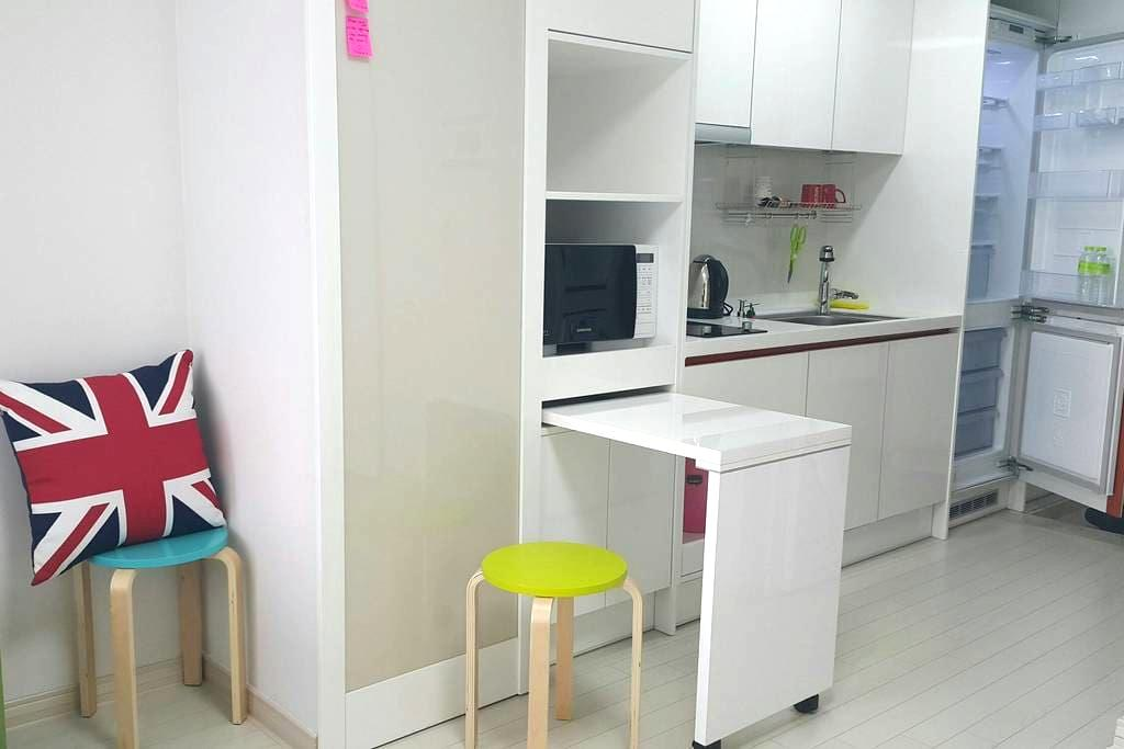 Fully furnished Studio at Subway St. 1 min. - 대구광역시 - Wohnung
