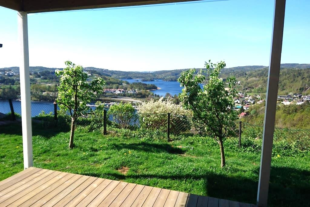 Apartment with beautiful view! 2 Bedrooms - Kristiansand - Leilighet
