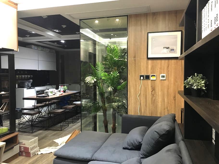 一间有科技感,集咖啡厅,智能家居,影音一体的现代家 - 江苏 - Hus