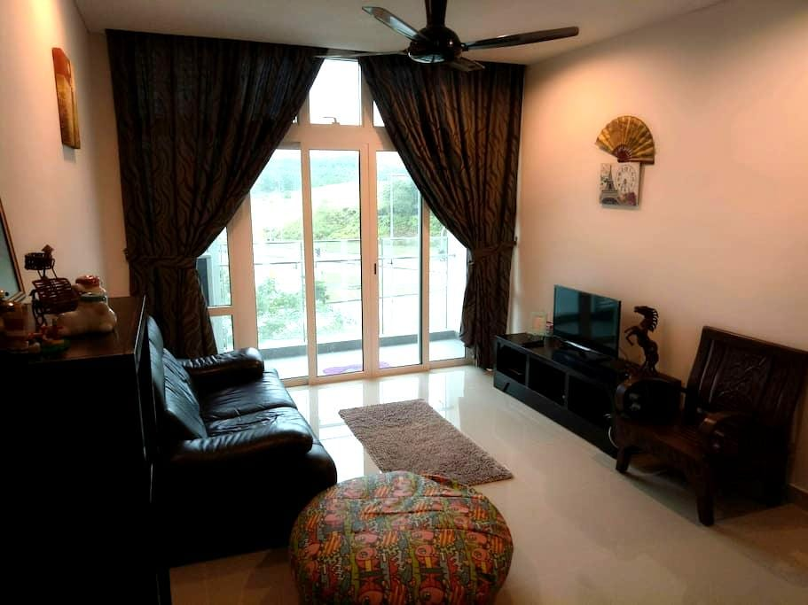 Wide 2BD condo - walk to Legoland - Nusajaya - Apartment