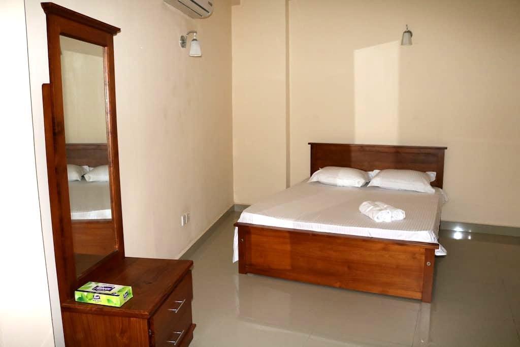 DaisyVilla Double Room - Colombo - Apartment