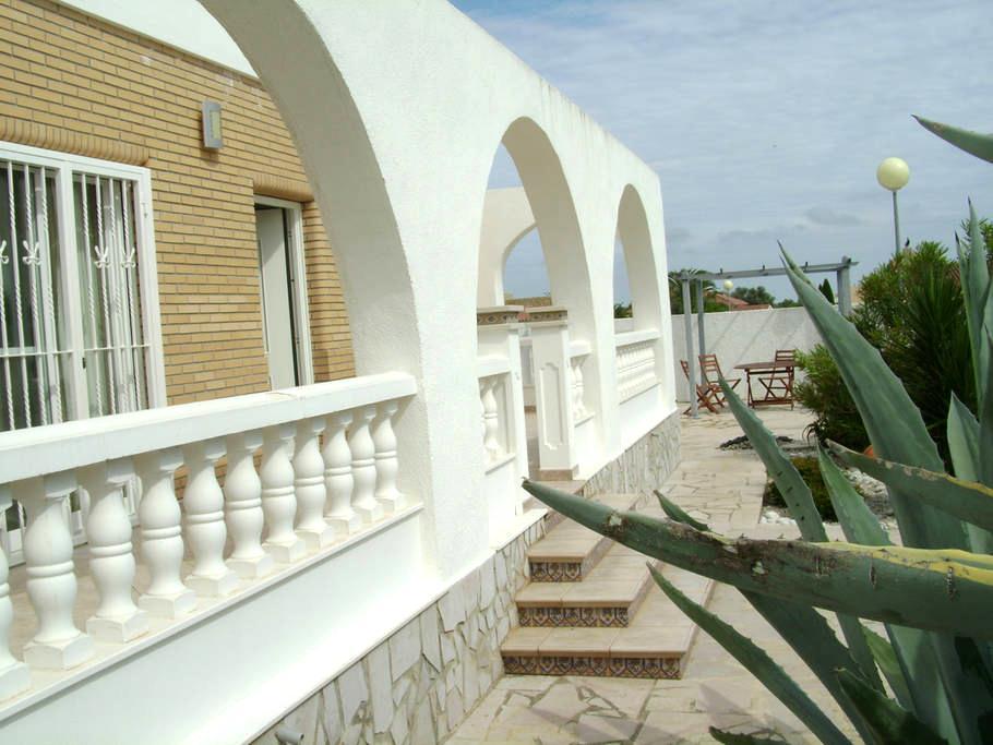 Huis + prive zwembad rustig gelegen - Sant Jordi