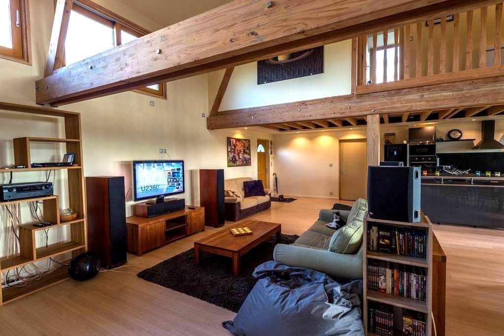 location chambre dans superbe maison - Les Barils - 단독주택