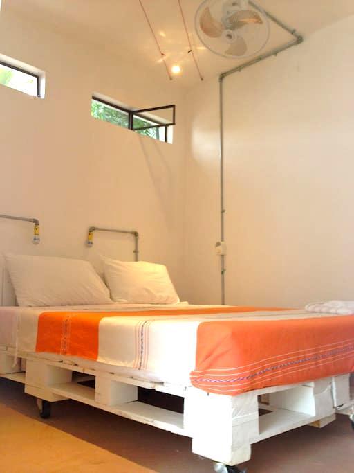 Perro Surfero Room 3 of 6 - Todos Santos - บ้าน