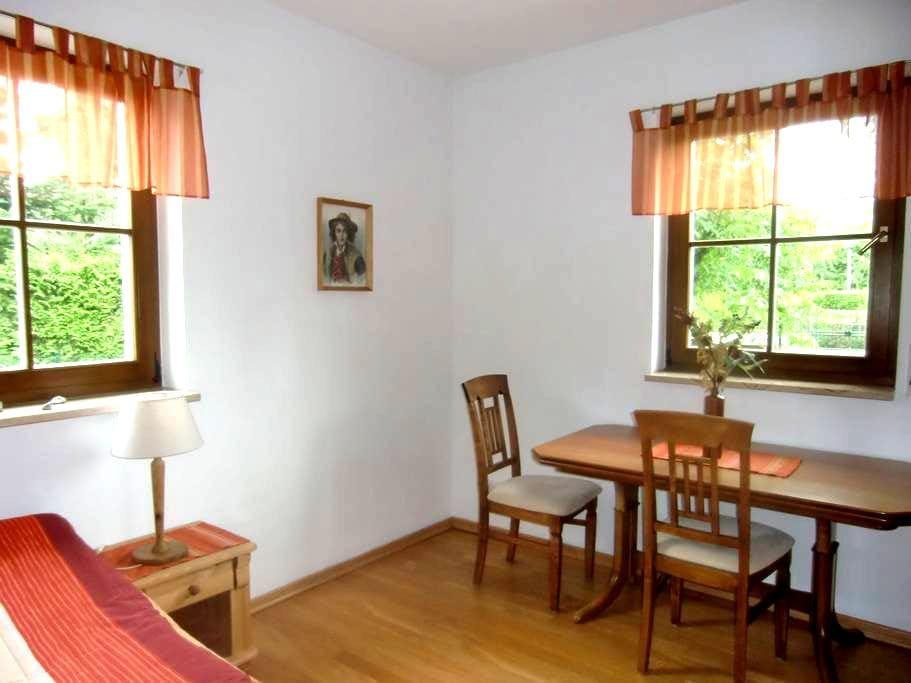 Zimmer im Grünen - Berlino - Villa