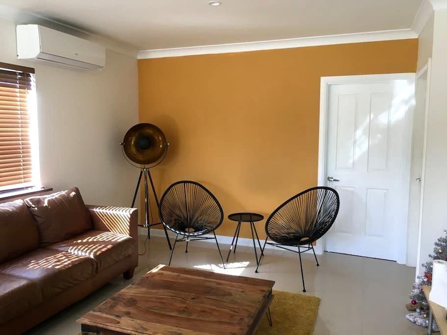 Modern Room - Tropical Surroundings (B) - Westcourt - House
