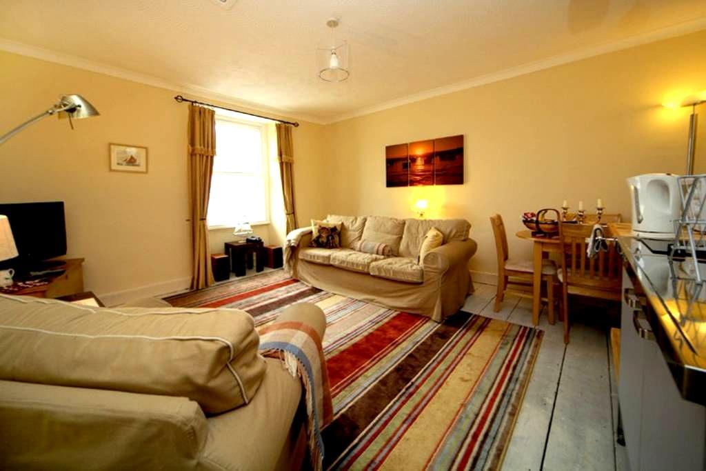 Keats Loft  Self Cater Apartment - Teignmouth - Lägenhet