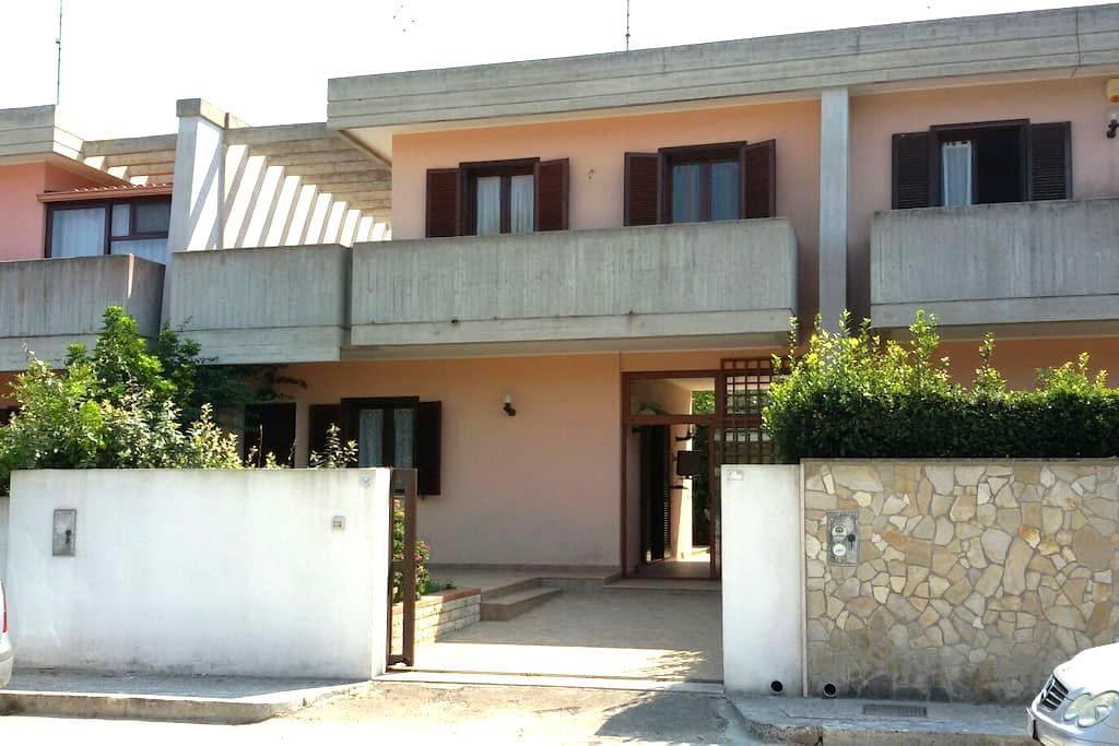 Villa a Lecce Salento - Lecce