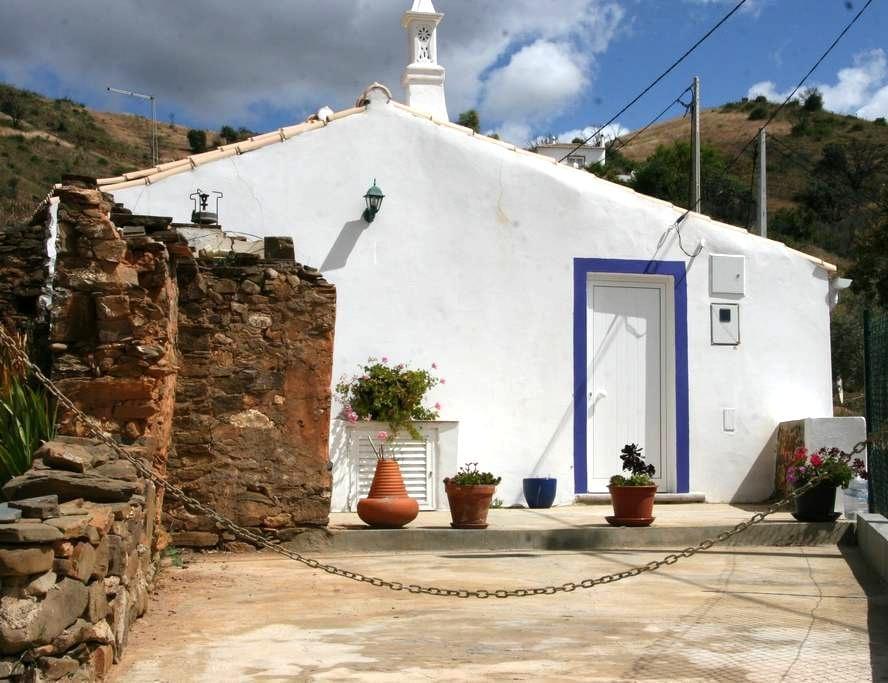 Tavira - Cozy rustic cottage -6 km - Asseca (santa Maria) - Hus