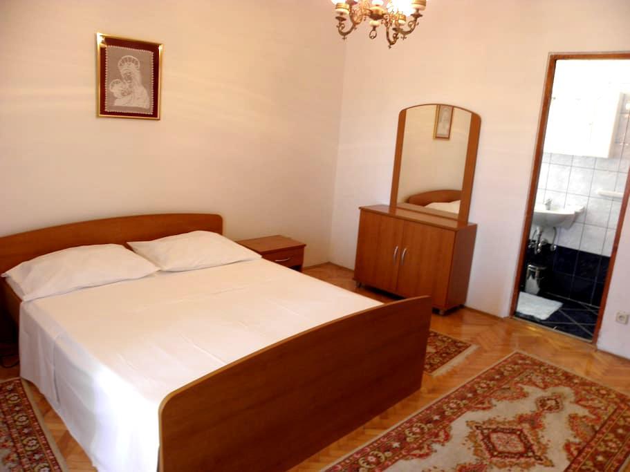 Room for 2 people in center Novalja - Novalja - Apartment