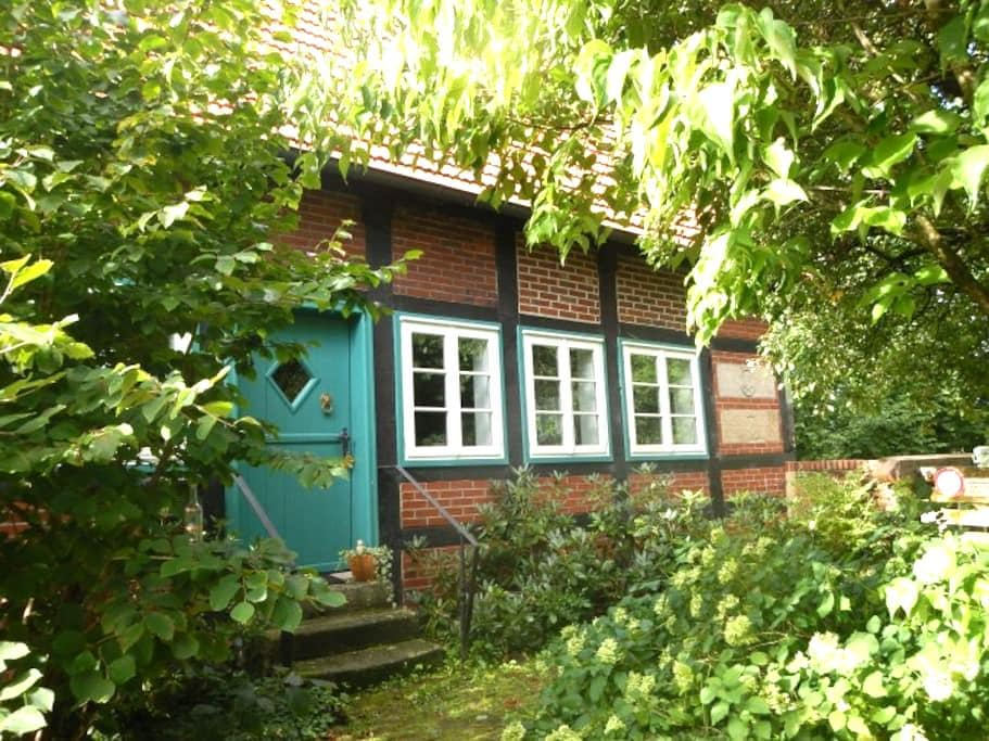 Romantische, alte Wassermühle - Rieste - Haus