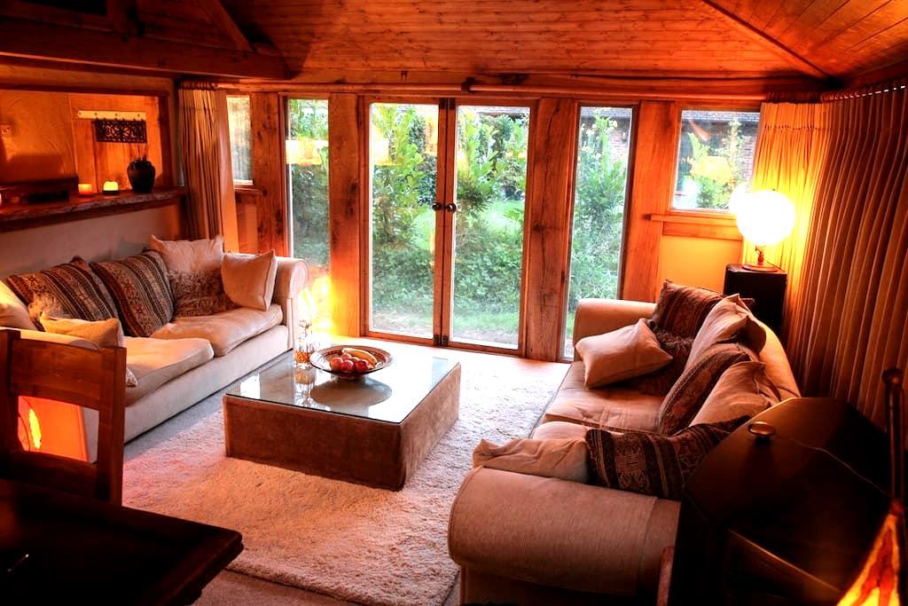 Romantic Oak Cabin Berkhamsted - Potten End - Blockhütte