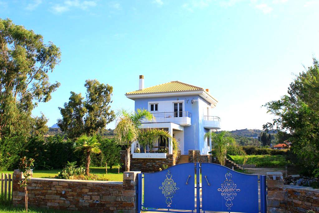 "Seaside Luxury Home ""Adrianos Villa"" - Preveza - Villa"