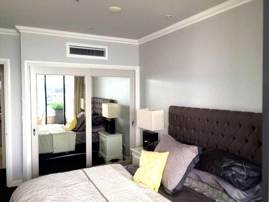 1. Sydney (Rocks) - 5 Star Facility - Millers Point - Apartment
