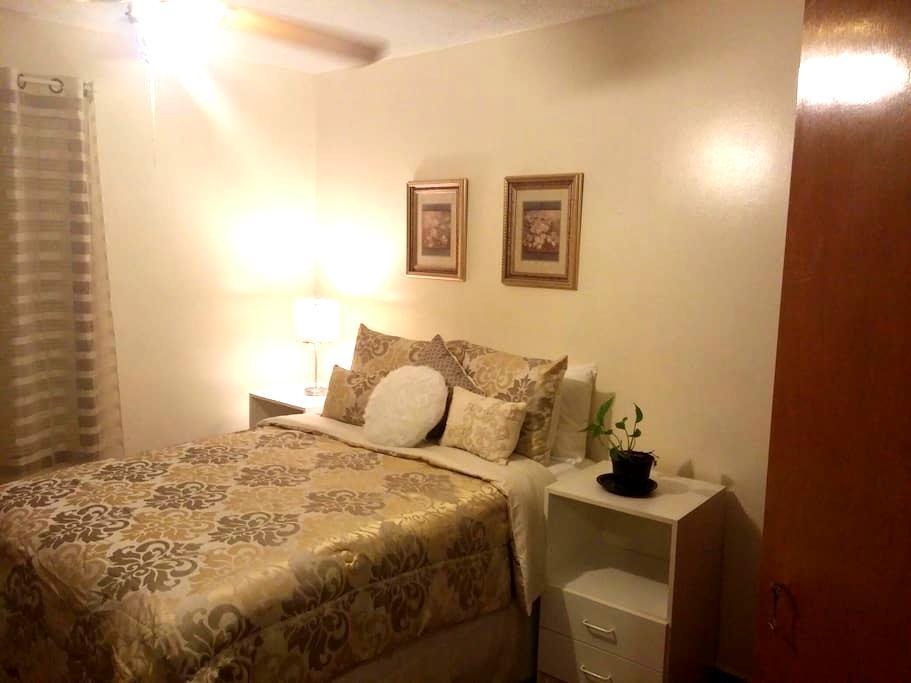 Cozy room in quiet area. - Lawrenceville - Casa