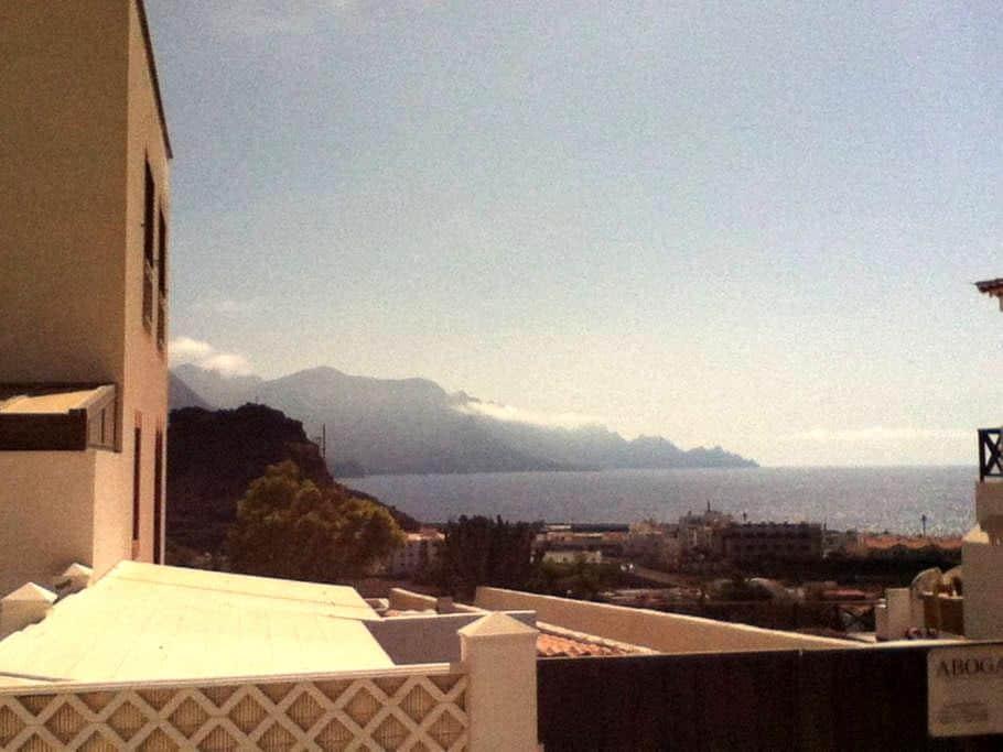 Casa en Agaete, muy cerca del mar. - Agaete - Apartamento