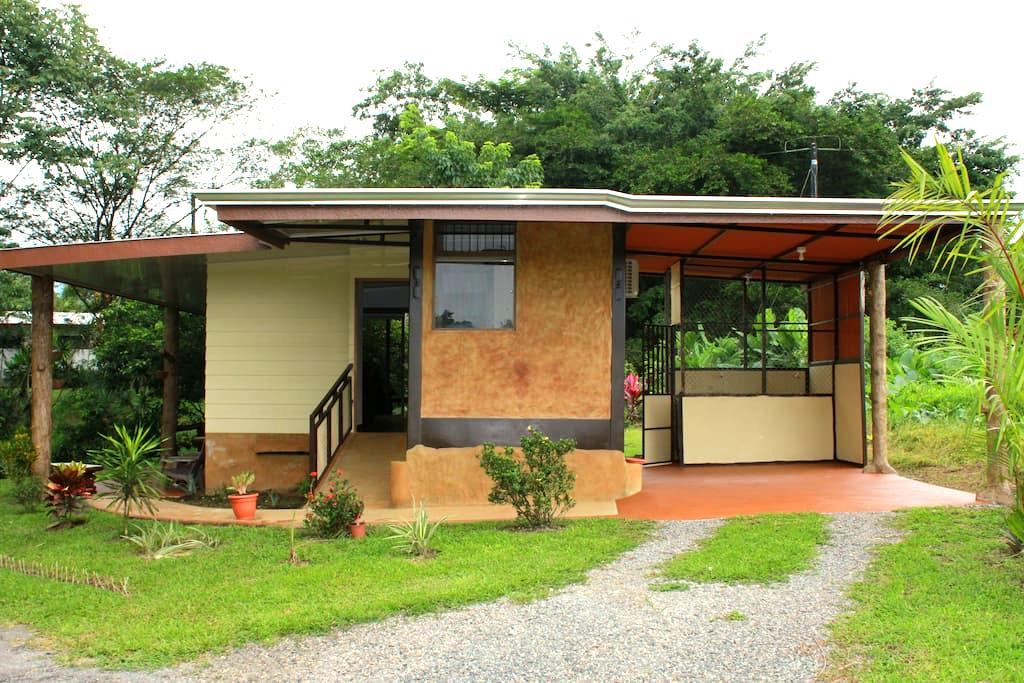 Arenal Luxury Paradise - Couples & Friends Getaway - La Fortuna - House