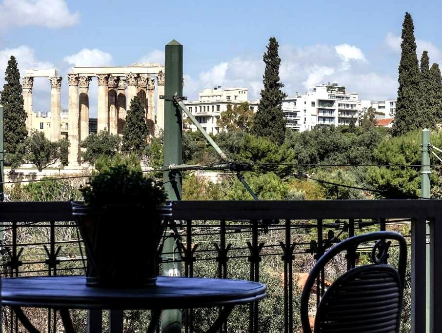5' walking from Acropolis,with view - Athina - Appartement