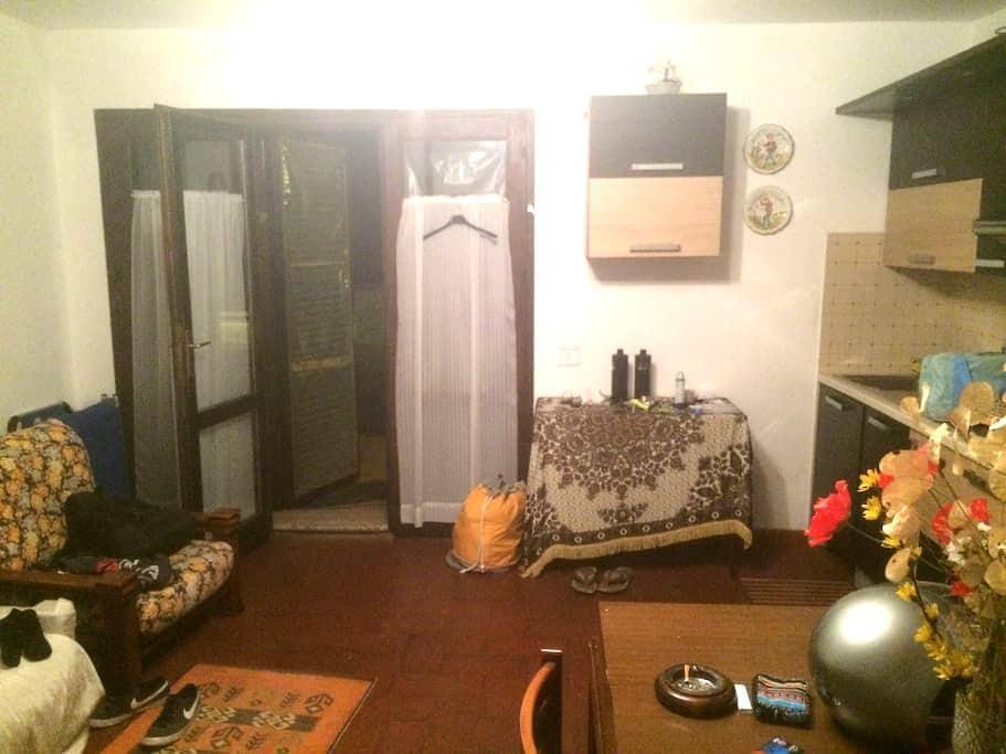Appartamento completo con vista sulla campagna - Istia d'Ombrone - อพาร์ทเมนท์
