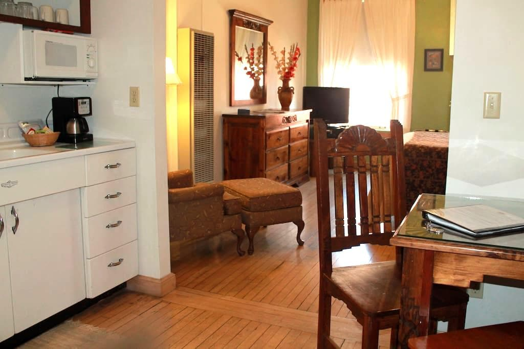 Canyon Rose Suites, Suite 6 - Bisbee - Appartement