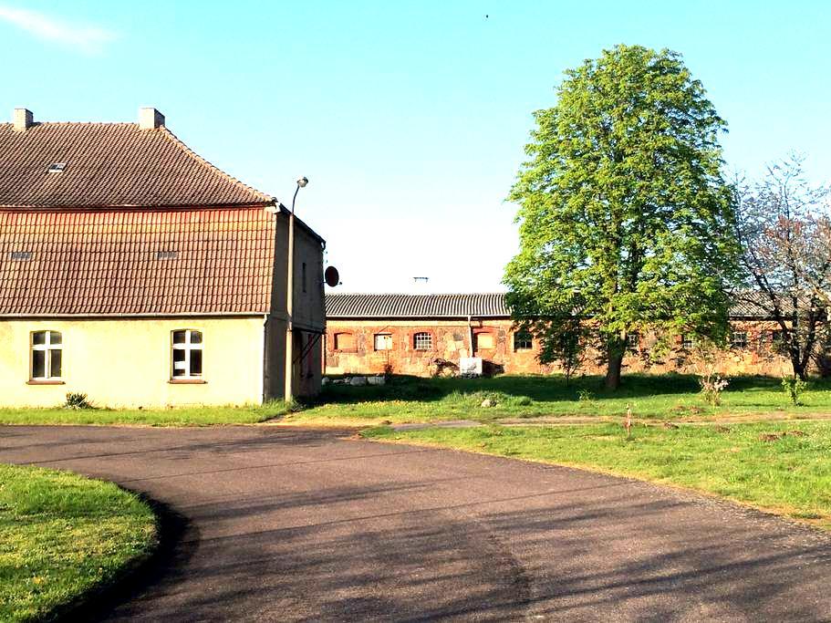 Wohnung im historischen Gutshaus - Brüssow - Apartamento