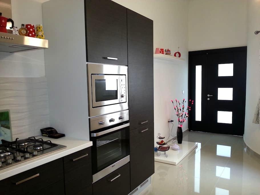 118 Apartment - Swieqi - Bed & Breakfast