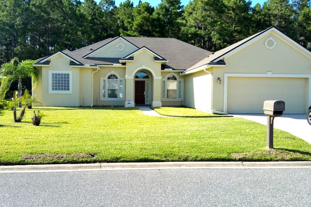 Luxurious (Westside) Large Single Family House - Jacksonville - Casa