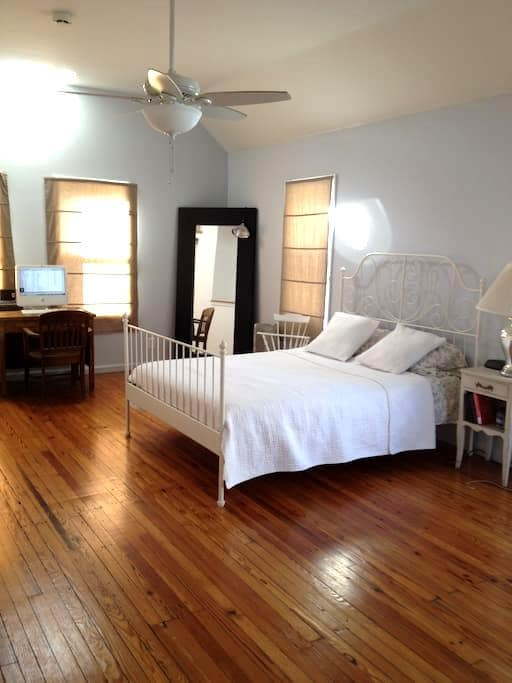 2 Bed/ 2 Bath Duplex by the Beach - Asbury Park