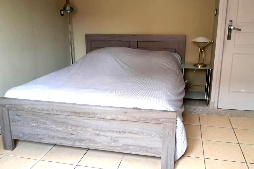 Sérénité et partage dans une maison,chambre privée - Portet-sur-Garonne