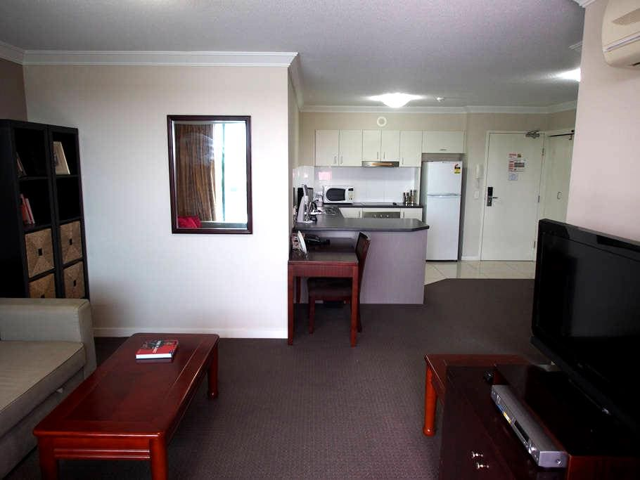 Comfy one bedroom apartment - Springwood - Apartment