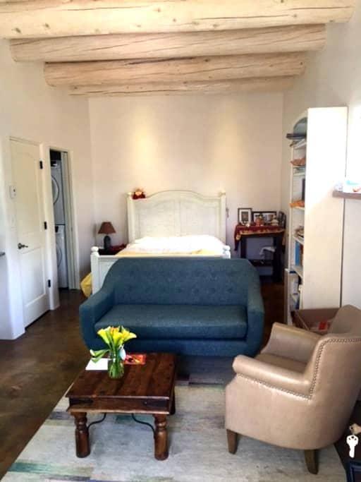 Private,Quite, Cozy Casita - Santa Fe - Apartment