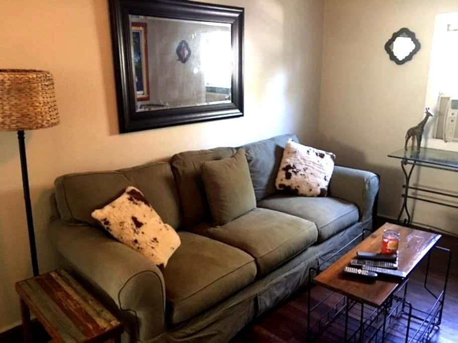Old Metairie Carriage House - Metairie - Apartment