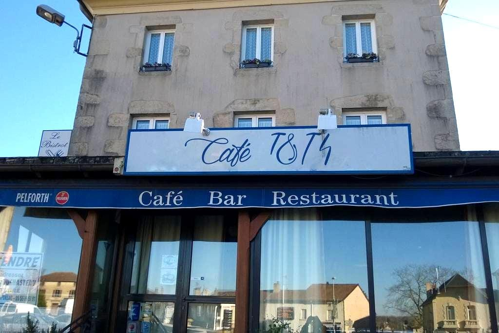 Cafe1814 chambres d'hotes - Châteauponsac