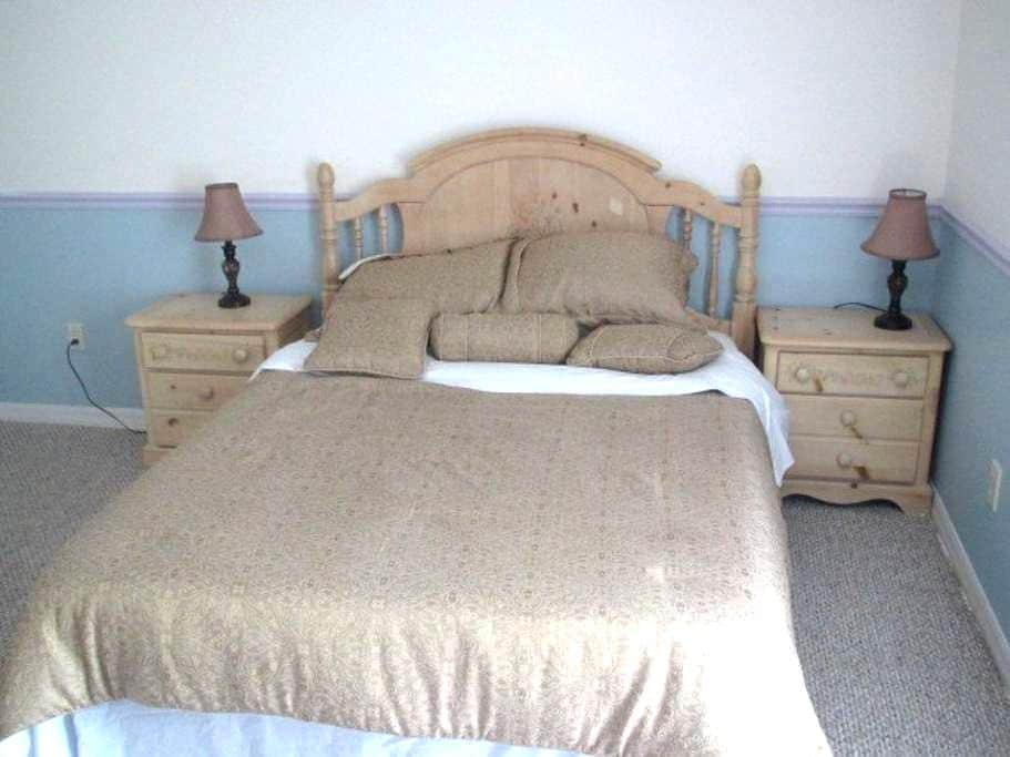 Room #4 - 2 Two Bedroom Apartment - Lake Wales - Apartmen