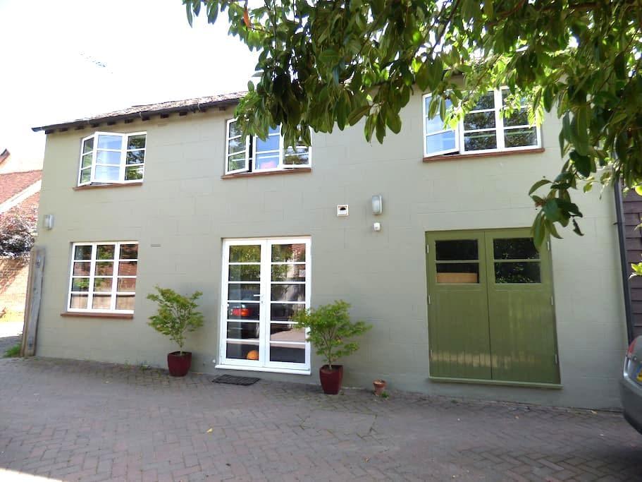 Crampton Cottage (7 night min. Saturday change) - Staplehurst - บ้าน