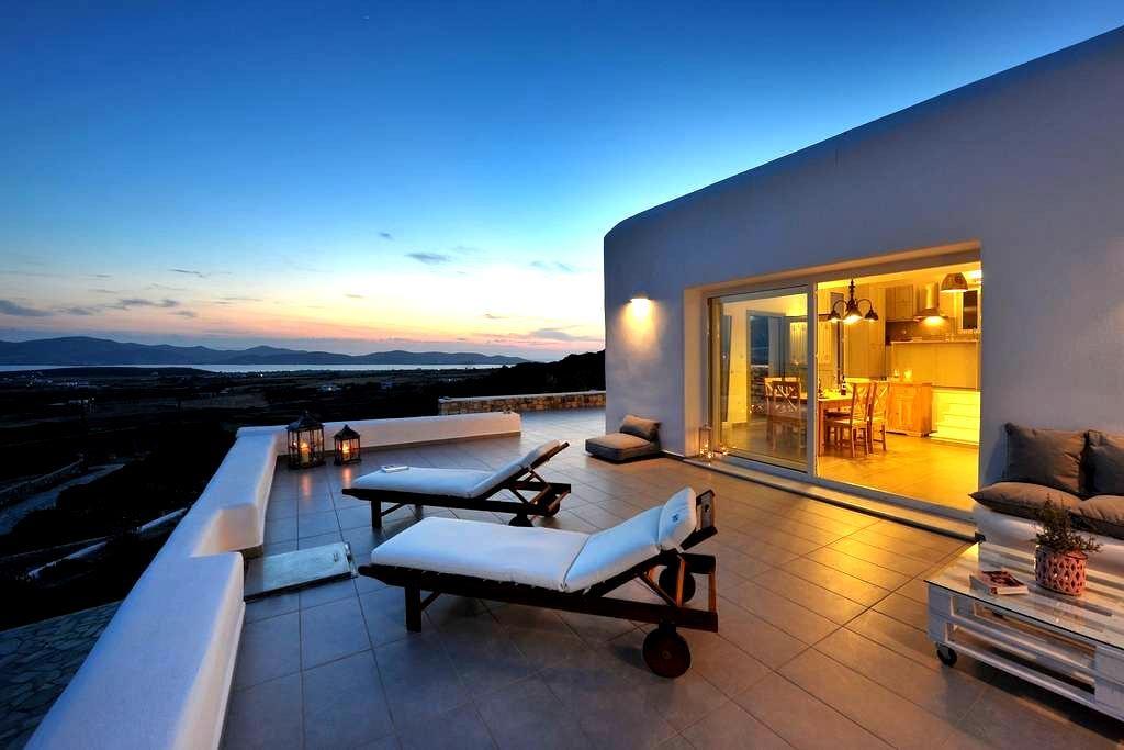 Villa Sunset Luxury Villa in Paros - Aliki