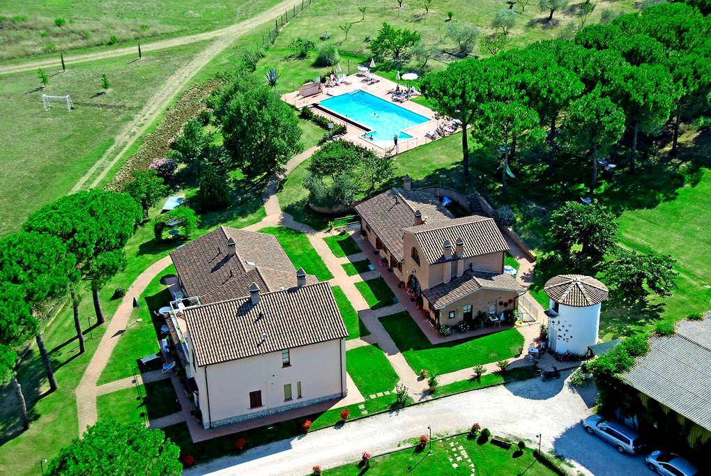 Tra Umbria e Toscana Apt 2 pax - Ceraso - Apartamento